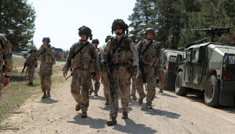 No Ādažiem uz Igauniju pārvietosies ASV militārā tehnika