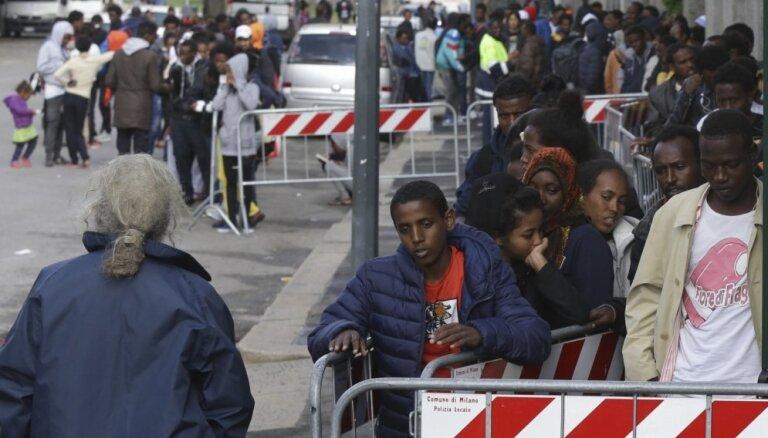 Imigrantu skaita sarukums Itālijā ir 'gaisma tuneļa galā', paskaidro iekšlietu ministrs