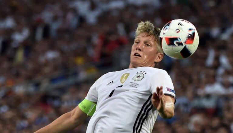 Швайнштайгер завершил выступления за сборную Германии
