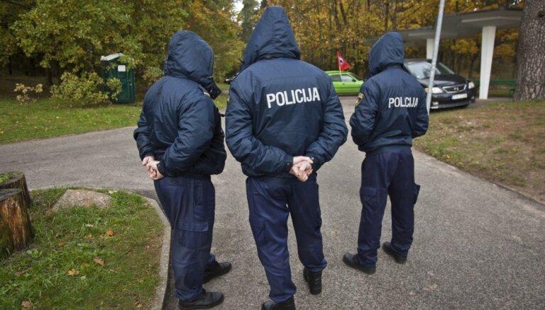 Рига: полицейского накажут за чрезмерное применение силы к задержанному