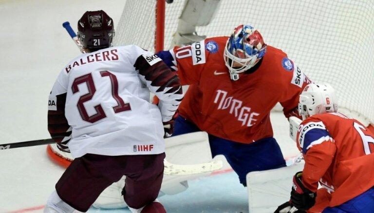 Balcera pārstāvētā 'Senators' gūst uzvaru AHL mačā