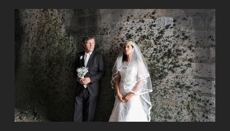 Latvijā sāks rādīt jauno Kusturicas filmu 'Satikšanās uz piena ceļa'
