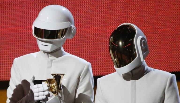 В Сети всплыл неизданный совместный трек Daft Punk и Jay-Z