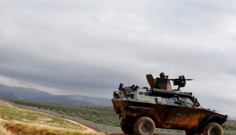 Francijas papildspēku nosūtīšana uz Sīriju būtu 'iebrukums', pauž Turcija
