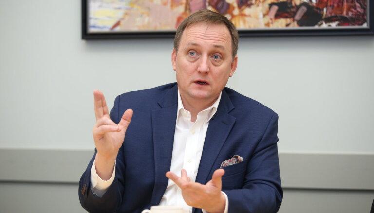 Kazāks piekristu kandidēt uz Latvijas Bankas prezidenta amatu