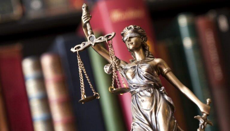 Tiesa uz laiku apturējusi 'Olmafarm' balsstiesības 'Olainfarm' akcionāru sapulcēs