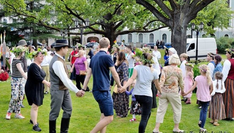 Bastejkalnā būs ikgadējā ielīgošana ar folkloras kopām