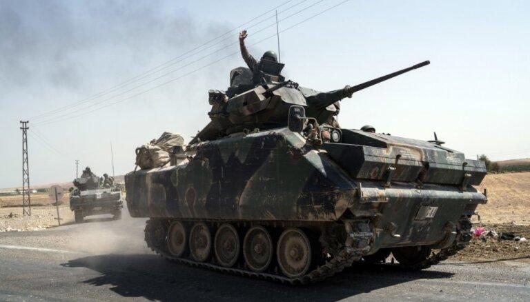 Турция перебросила в Сирию дополнительные танки