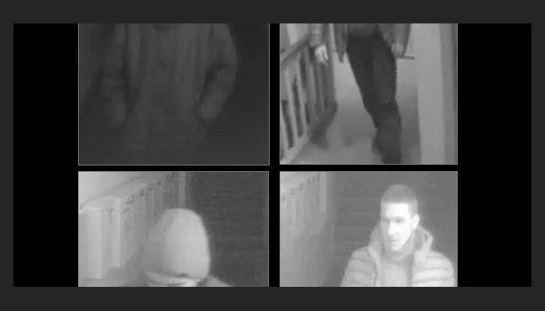 Policija par zādzību meklē divus vīriešus