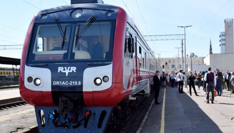 Pasažieru vilciens запустит новые рейсы в Лиепаю и Валмиеру