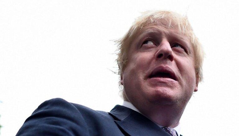 Глава МИД Великобритании Борис Джонсон отменил визит в Москву