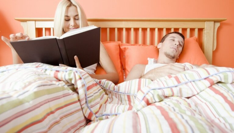 Kā miegu un seksuālo dzīvi ietekmē guļamistabas krāsa