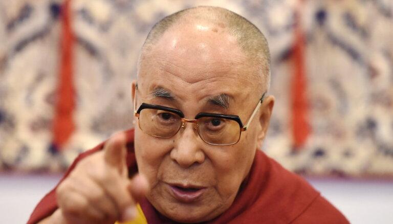 В Нью-Дели госпитализирован далай-лама