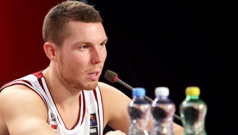 Bertāns oficiāli lauž līgumu ar 'AX Armani Exchange Olimpia' un dodas uz NBA