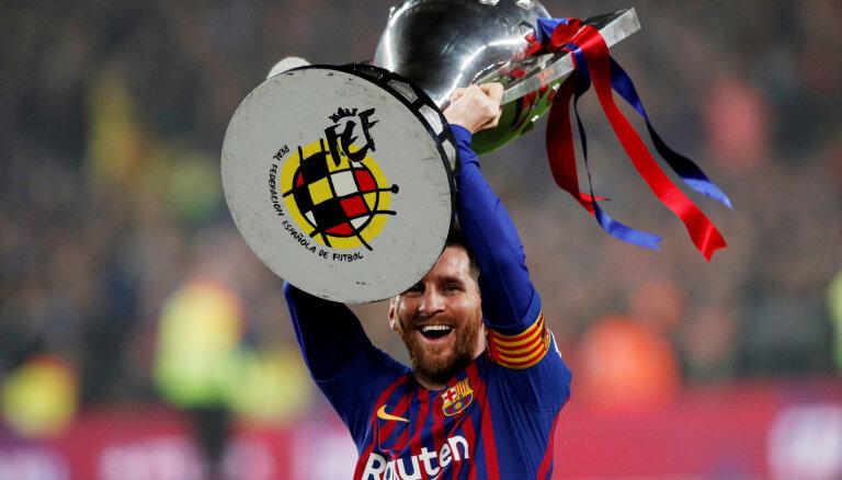 'Barcelona' futbolisti otro gadu pēc kārtas triumfē Spānijas čempionātā