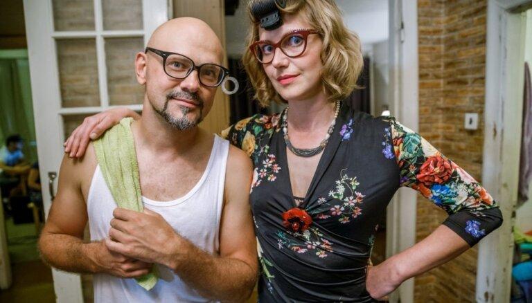 Video: Jubalts blēņojas jaunajā latviešu seksa komēdijā