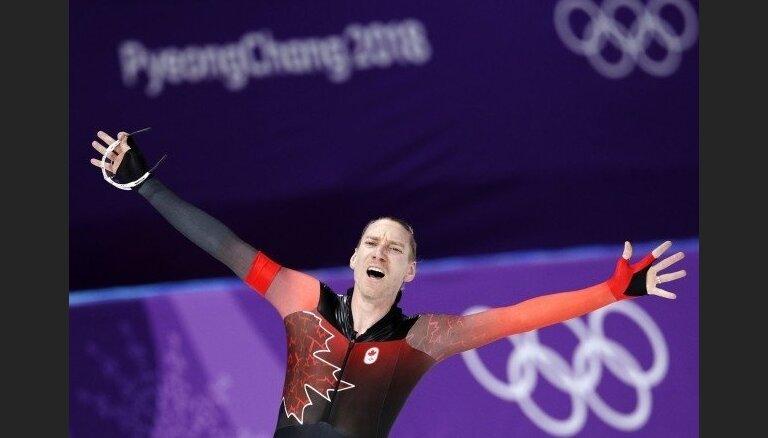 Kanādas ātrslidotājs pārtrauc Nīderlandes sportistu dominanci Phjončhanas spēļu sacensībās