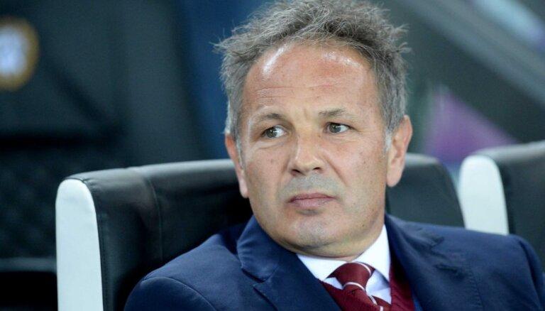 Problēmu plosītā Lisabonas 'Sporting' vadība uzticēta Sinišam Mihailovičam
