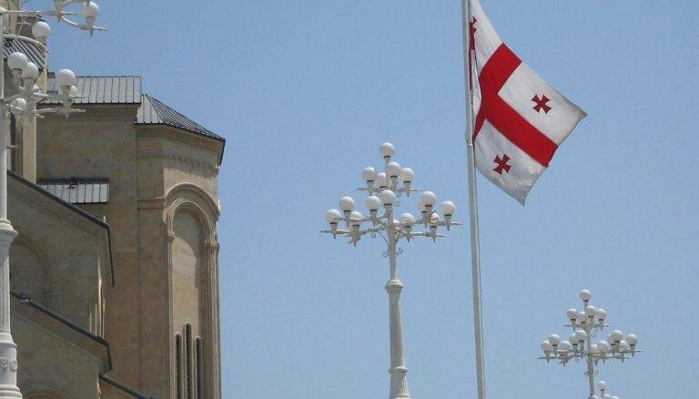 Par uzvaru Gruzijas parlamenta vēlēšanās paziņo gan valdošā partija, gan opozīcija