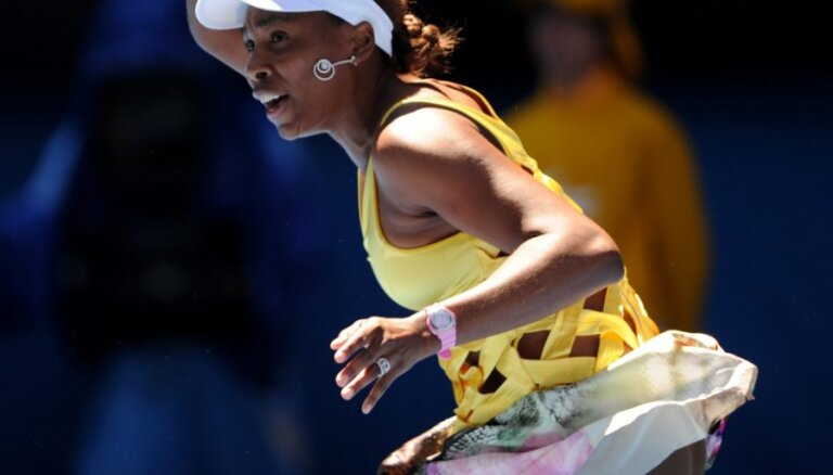 'Australian Open' zaudējumu piedzīvo Enina; Viljamsa nepabeidz spēli