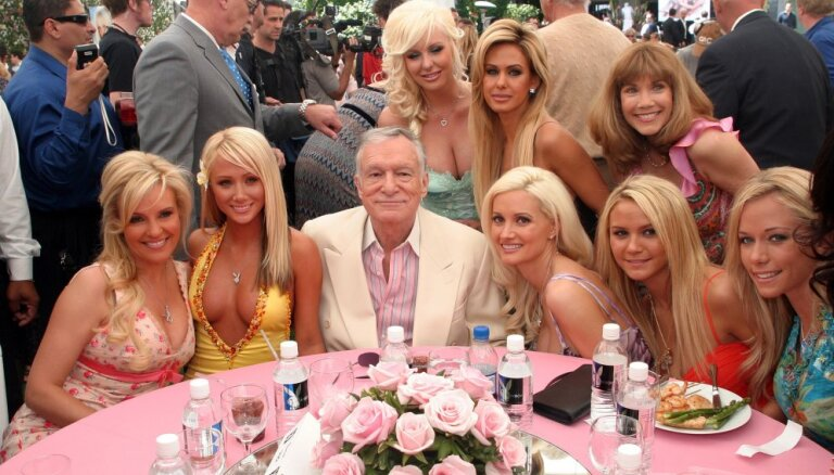 Жившая у основателя Playboy модель рассказала о секс-вечеринках и правилах дома