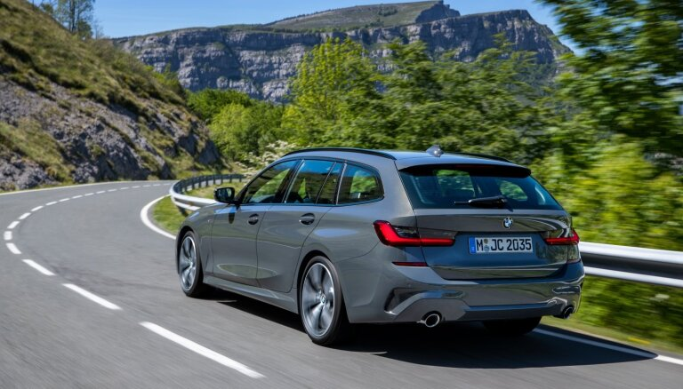 BMW jaunā 3. sērija ieguvusi universāļa versiju 'Touring'