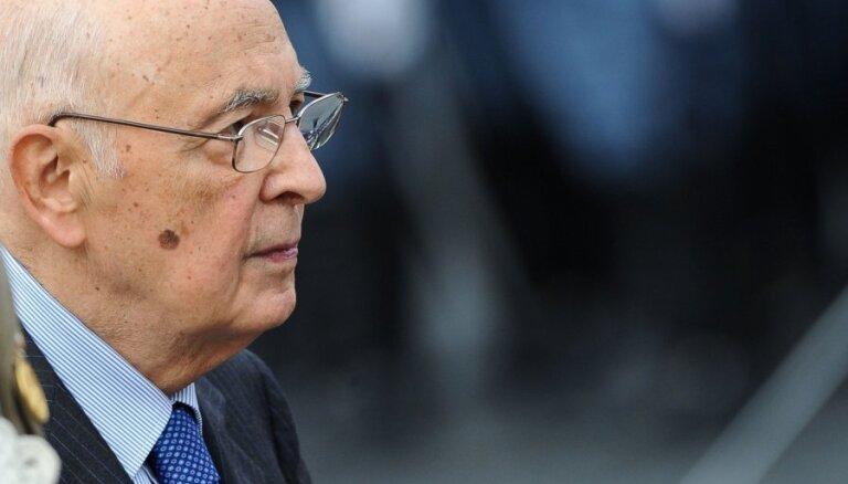 Itālijas prezidents tiekas ar politiskās krīzes pārvarēšanas nolūkos izveidotajām darba grupām