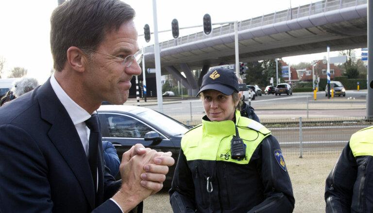 Rites koalīcija zaudē vairākumu Nīderlandes Senātā