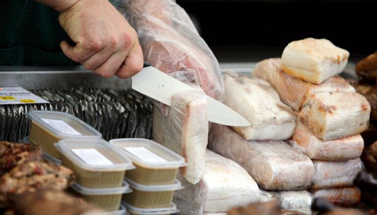 Елгавский рынок тайно приватизировали, полиция завела уголовное дело
