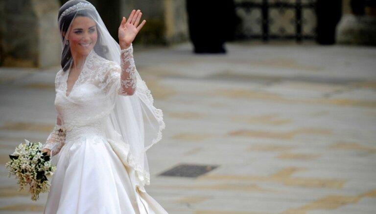 Названы лучшее и худшее свадебные платья в королевской семье