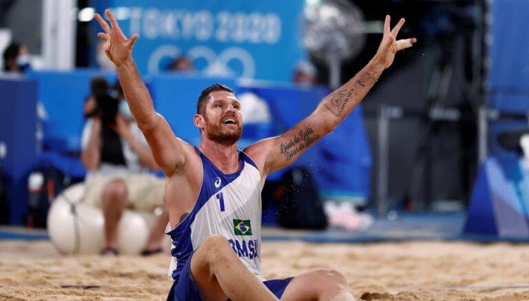 Pļaviņš/Točs ceturtdaļfinālā Tokijā tiksies ar otru Rio spēļu čempionu