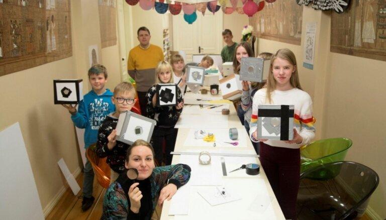 LLMC kopā ar māksliniekiem uzsāk meistarklašu ciklu Latvijas skolās