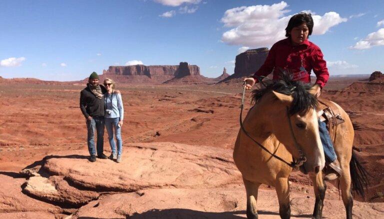 Viens brauciens, astoņi nacionālie parki: meitas un tēta dabas pērļu medības Amerikā