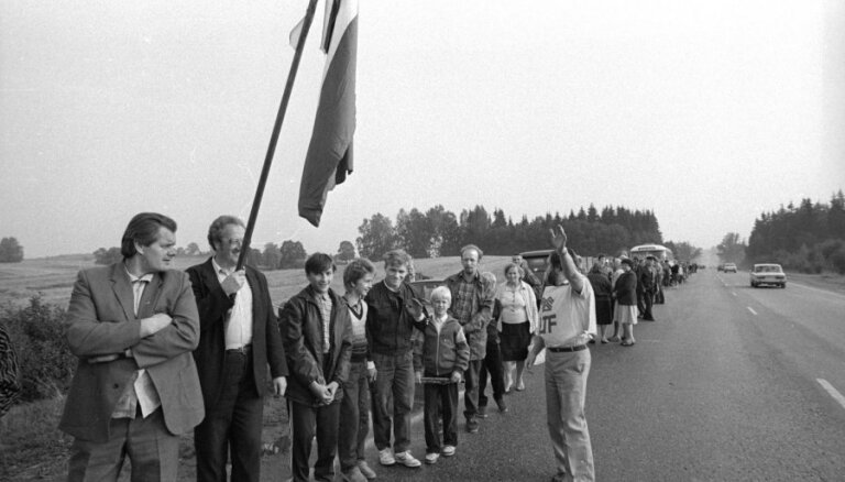 Eiropas mērogā aicina vākt liecības par 'Dzelzs priekškara' krišanu un 'Baltijas ceļu'