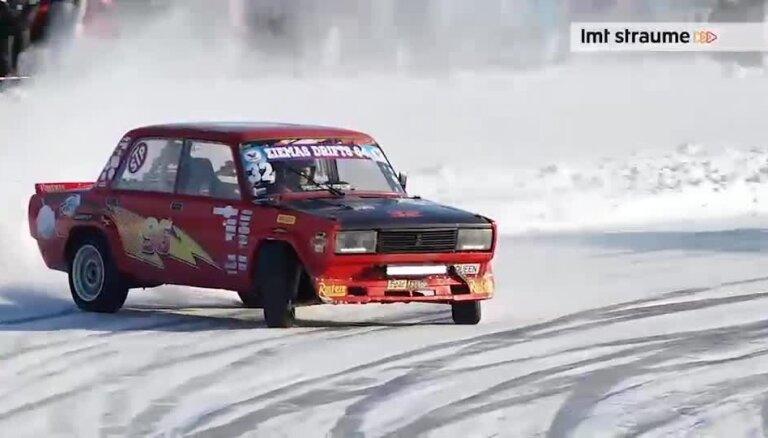 Video: 'Ziemas drifts 64' Baldones putenī