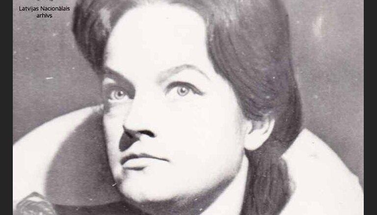 Vēsturiski foto: Aktrise Dzintra Klētniece