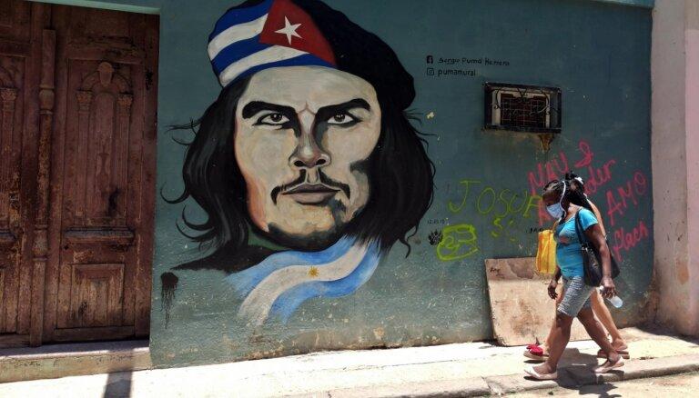 Argentīnā tiek pārdots dzīvoklis, kurā dzimis Če Gevara