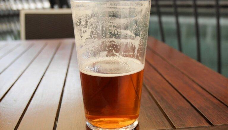 Какое пиво пьют в Латвии: самое популярное - Apinītis stiprais