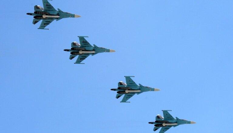 Putins nosauc iznīcinātāju pulku Tallinas vārdā
