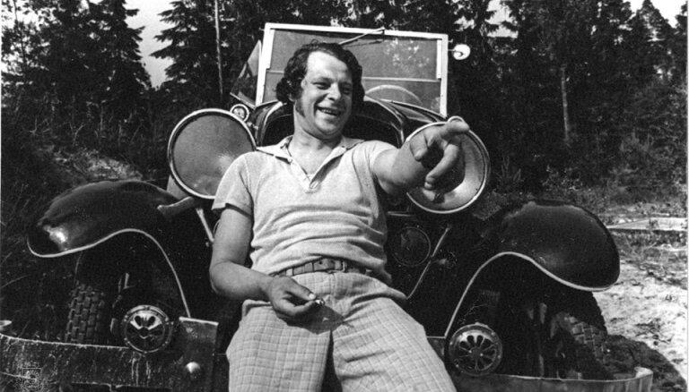 Arhīva foto: tautā mīlētajam aktierim Leonam Krivānam – 80