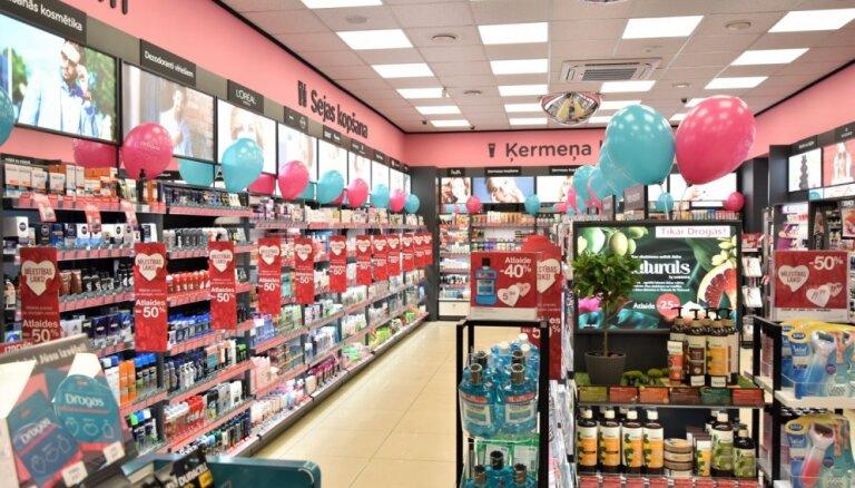 Foto: Atvērts septītais 'Drogas' jaunā koncepta veikals