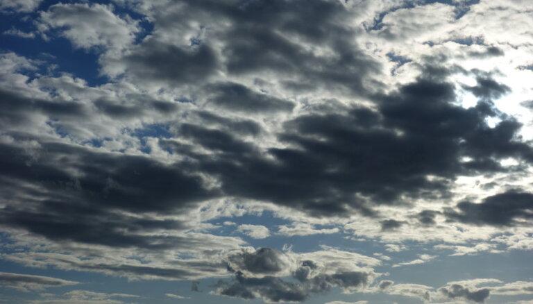 Синоптики: в среду будет облачно и прохладно