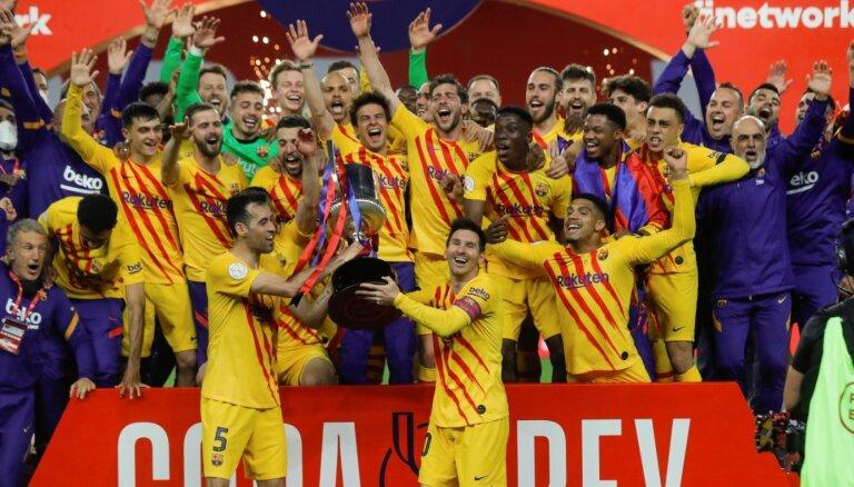 'Barcelona' futbolisti Karaļa kausa finālā sagrauj 'Athletic'