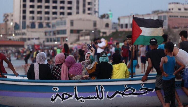 Izraēlas ministrs rosina attīstīt Gazas joslu apmaiņā pret mieru