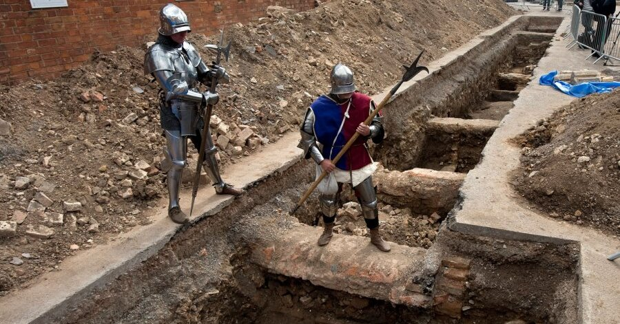 The Discovery of Richard III by the University of Leicester