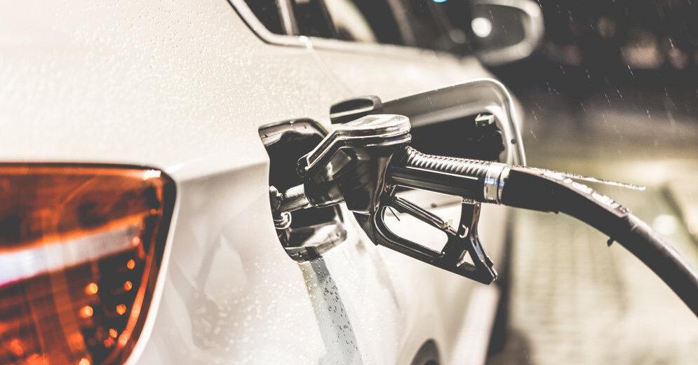 В прокуратуру передали дела полицейских, заправлявших личные автомобили топливом для служебных авто