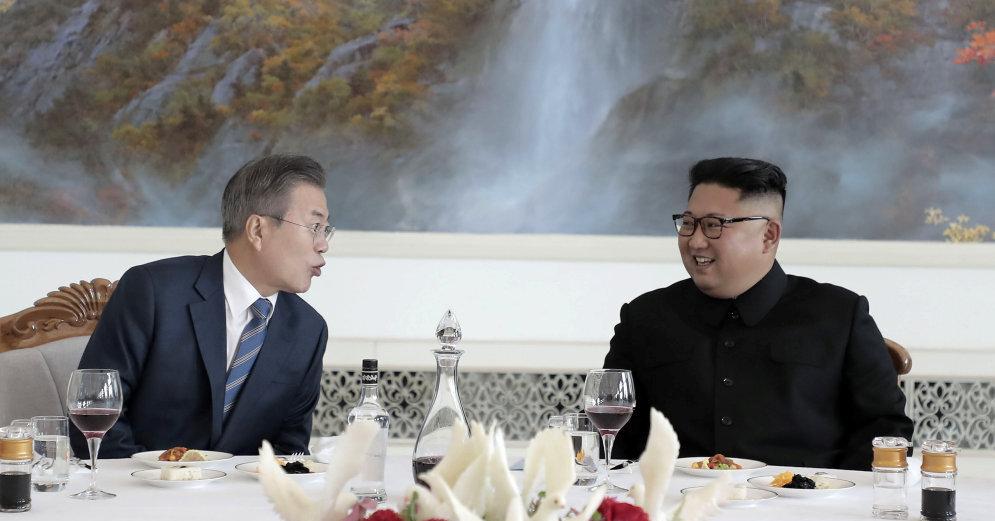 Лидеры Южной Кореи и КНДР договорились о закрытии ядерного реактора в КНДР и о фактическом прекращении войны