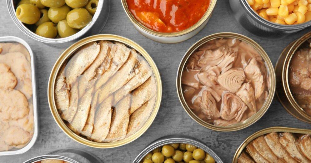 02.12.2020 09:39 В условиях пандемии в Латвии резко вырос спрос на рыбные консервы