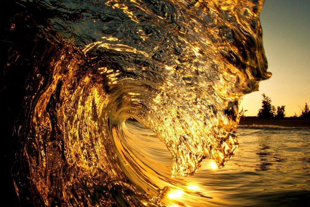 тесты волны моря золотые фото банная нечисть, опасное