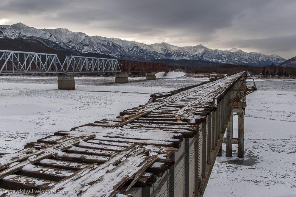 Kuandas tilts – iespējams, briesmīgākais auto ceļš pasaulē